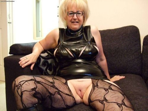 blog maitresse dominatrice vieille bourgeoise salope