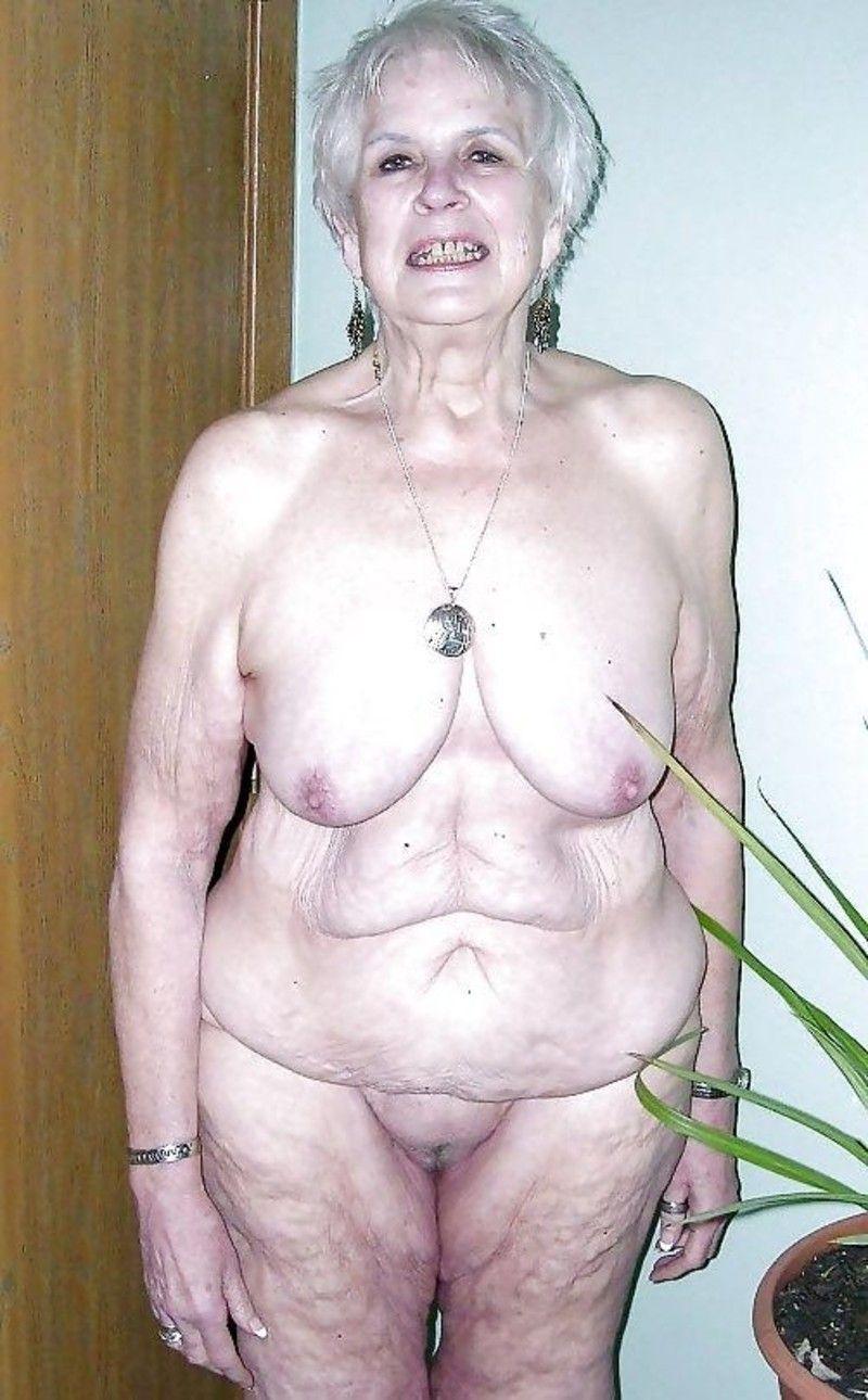 Porno photo putain vieille femme