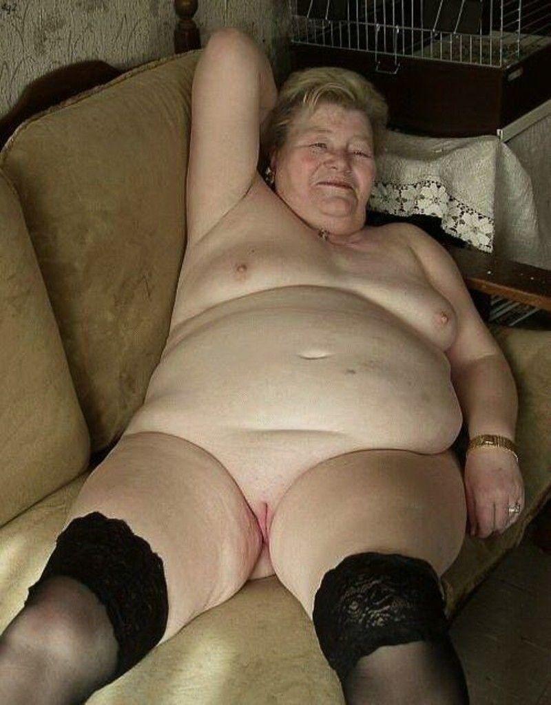 часто толстые страшные старые в плавочках например, сисястая блондинка
