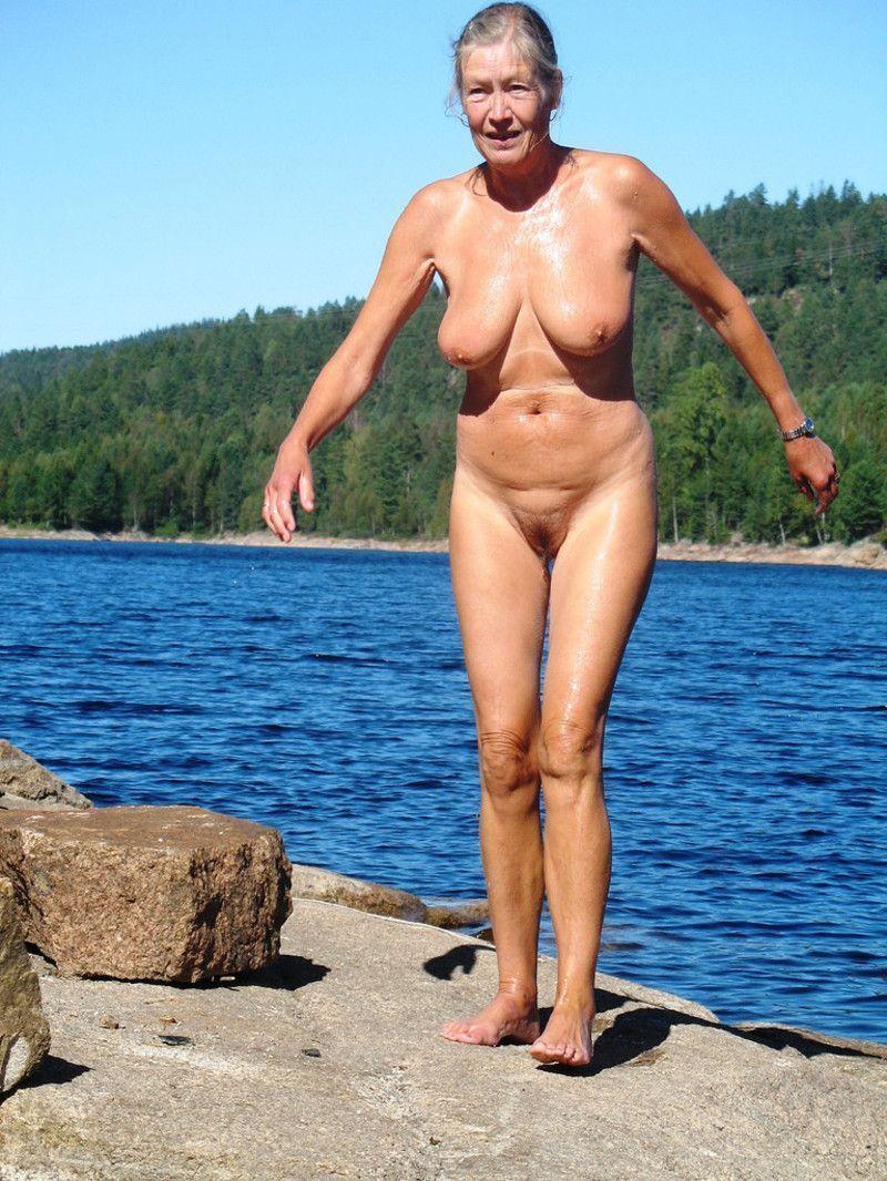 starushki-nudistki