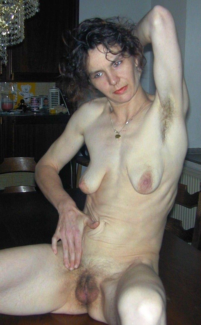 худая зрелая женщина порно после себя следы