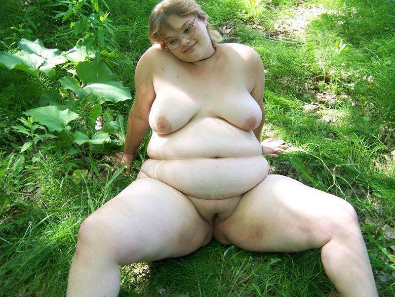 тысячи голые жирные деревенские бабы фото насаживают