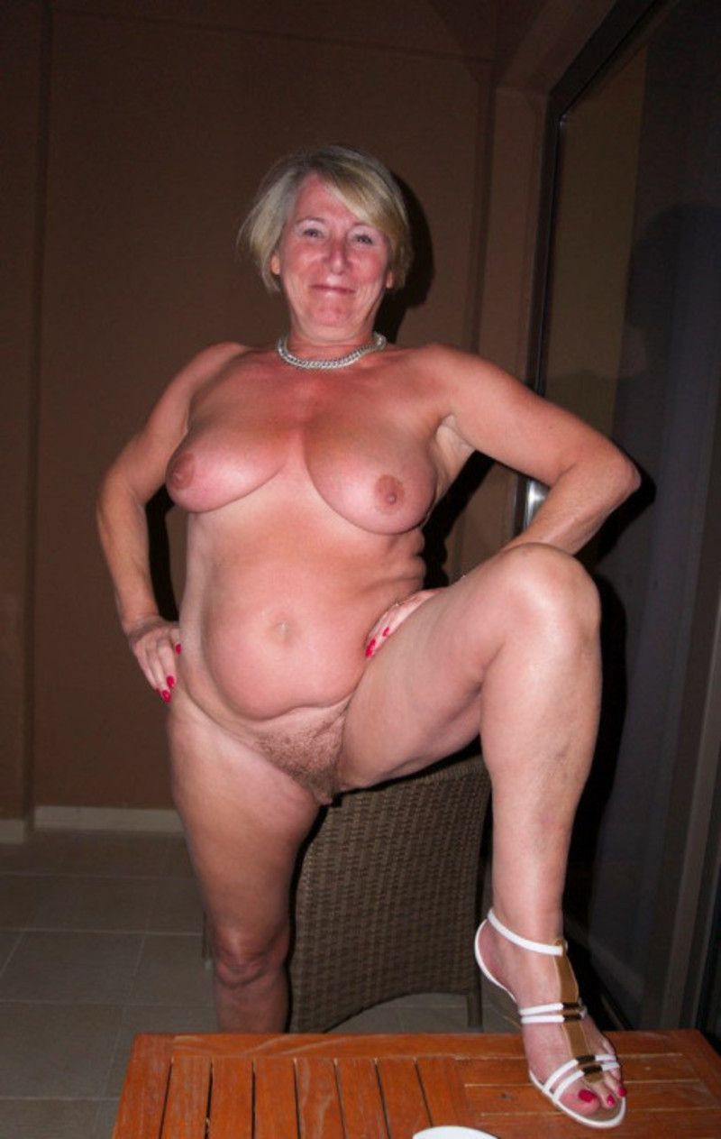 Agree with sexy mature nude this woman!