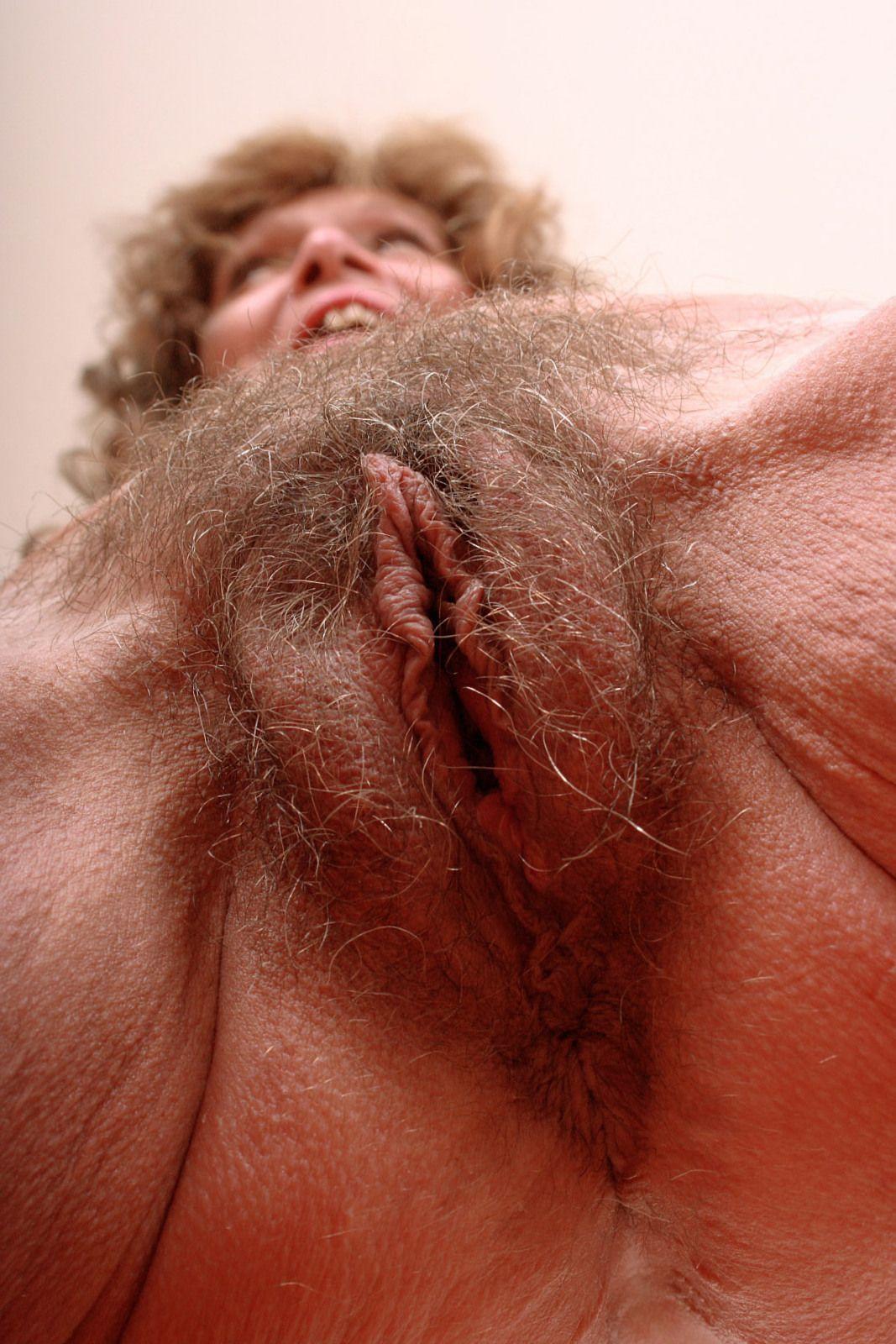baise vieille femme grosse foufoune