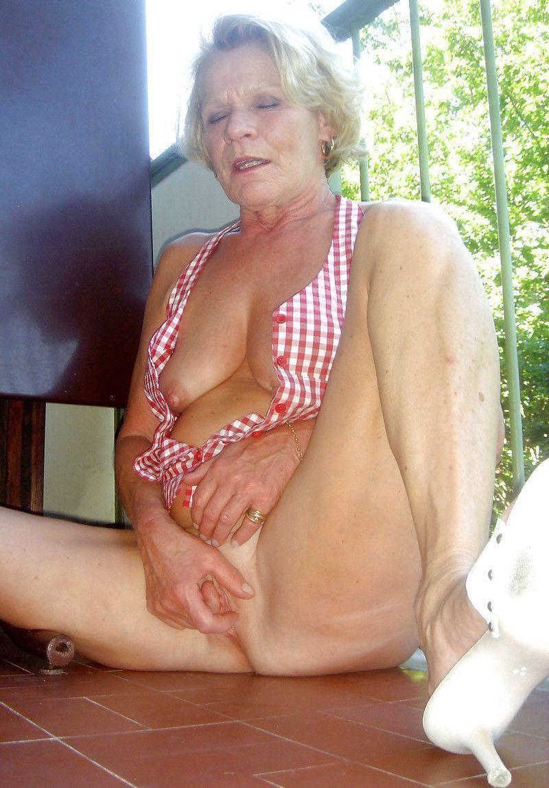 doctor dirty exam girl nude